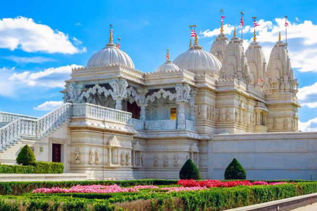 BAPS Shri Swaminarayan Mandir - Hindu Temple in London